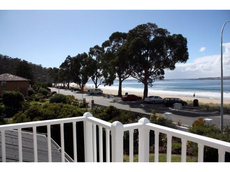18 Osborne Esplanade, Kingston Beach TAS 7050