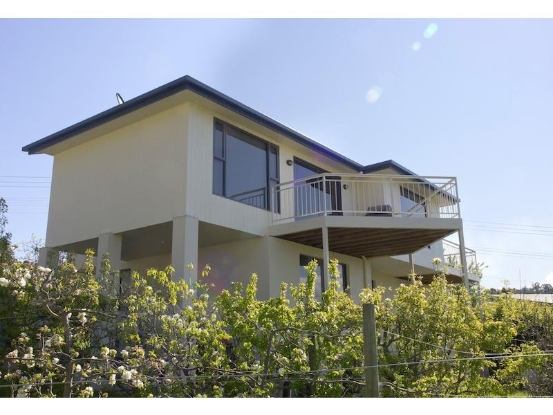 78 Roslyn Avenue, Kingston Beach TAS 7050