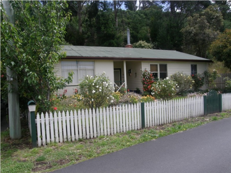 32 Ewing Avenue, Kingston Beach TAS 7050