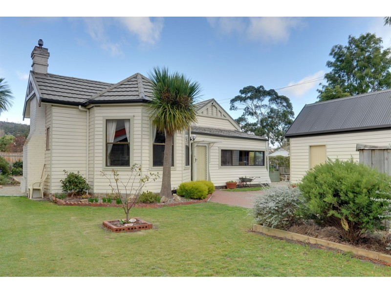 63 Balmoral Road, Kingston Beach TAS 7050
