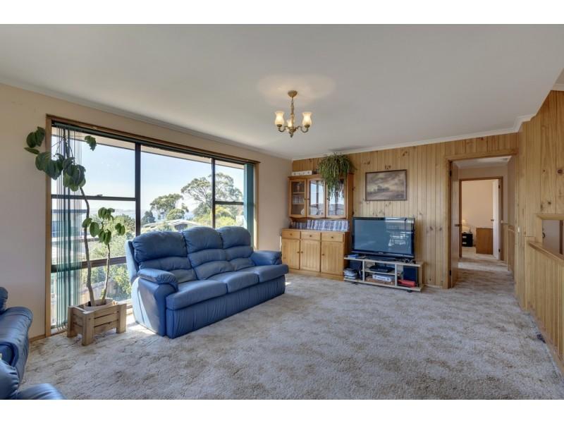 5 Nicholas Drive, Kingston Beach TAS 7050