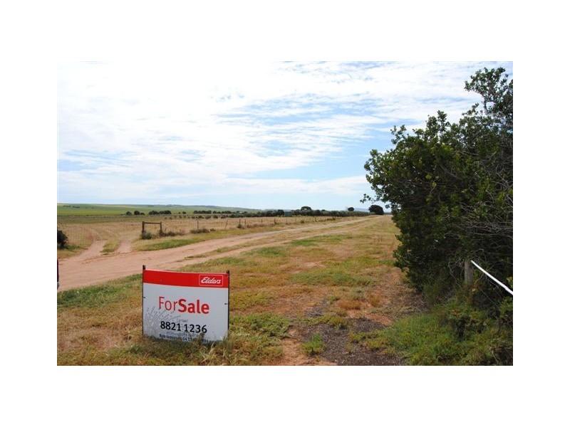 Lot 100 Public Road, Port Clinton SA 5570