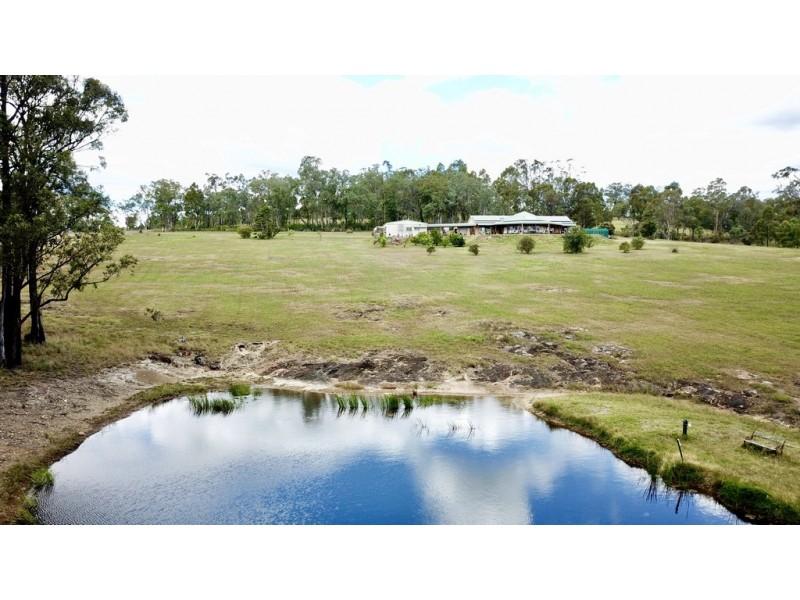 228 Wallarobba-Brookfield Road, Brookfield via, Clarence Town NSW 2321