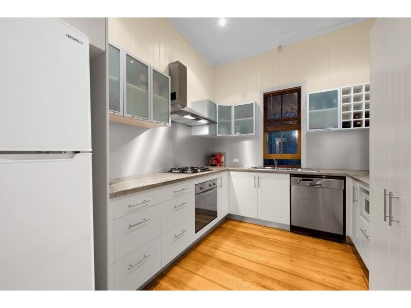 3 Ward Street, Bardon QLD 4065