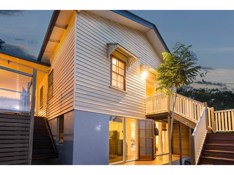 3 Ward Street, Bardon QLD 4065