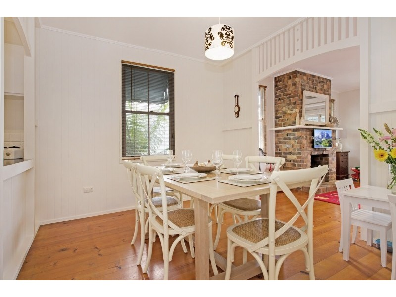 24 Carmel Street, Bardon QLD 4065
