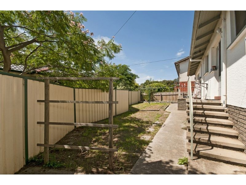 8 Belconnen Way, Page ACT 2614