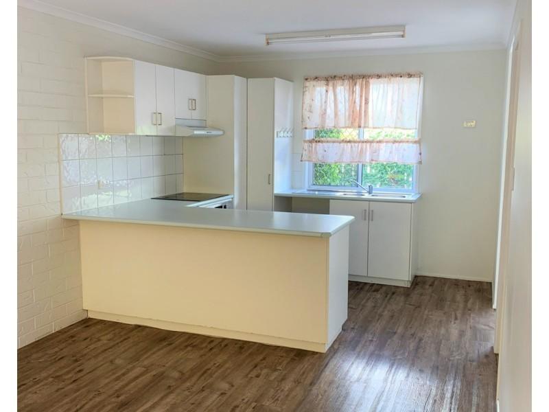 2/90 Milton Street, Mackay QLD 4740