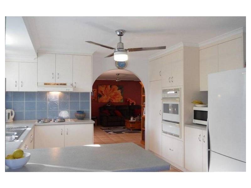 14 Cambridge Avenue, Andergrove QLD 4740