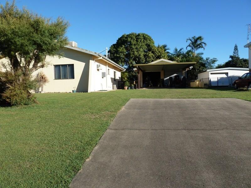 1 Fernleigh Ave, Andergrove QLD 4740
