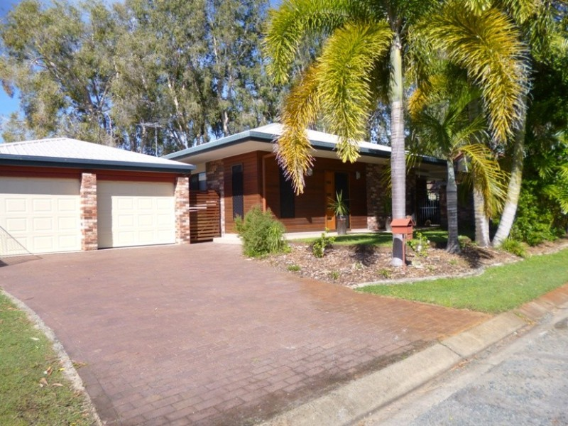 23 Cabbage Tree Rd, Andergrove QLD 4740
