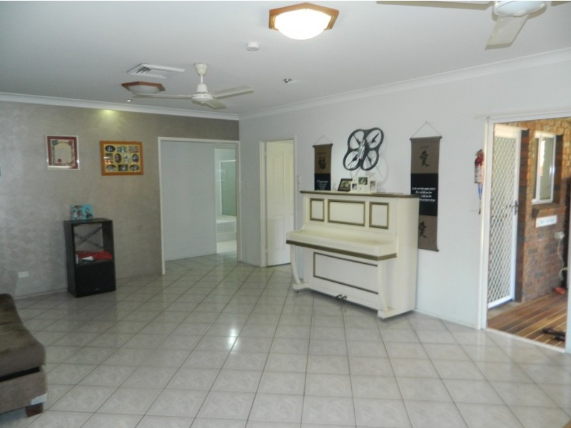 46 Thorning Street, West Mackay QLD 4740