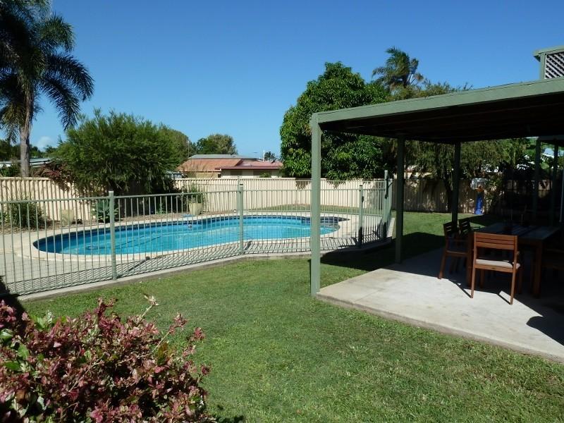 12 Telina Drive, Beaconsfield QLD 4740