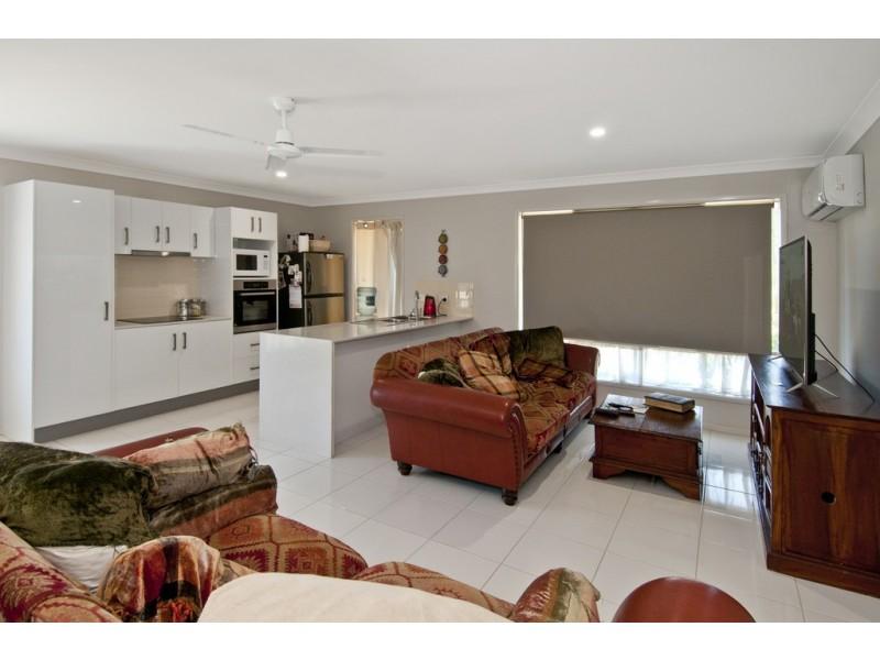 17a Cypress Drive, Marsden QLD 4132