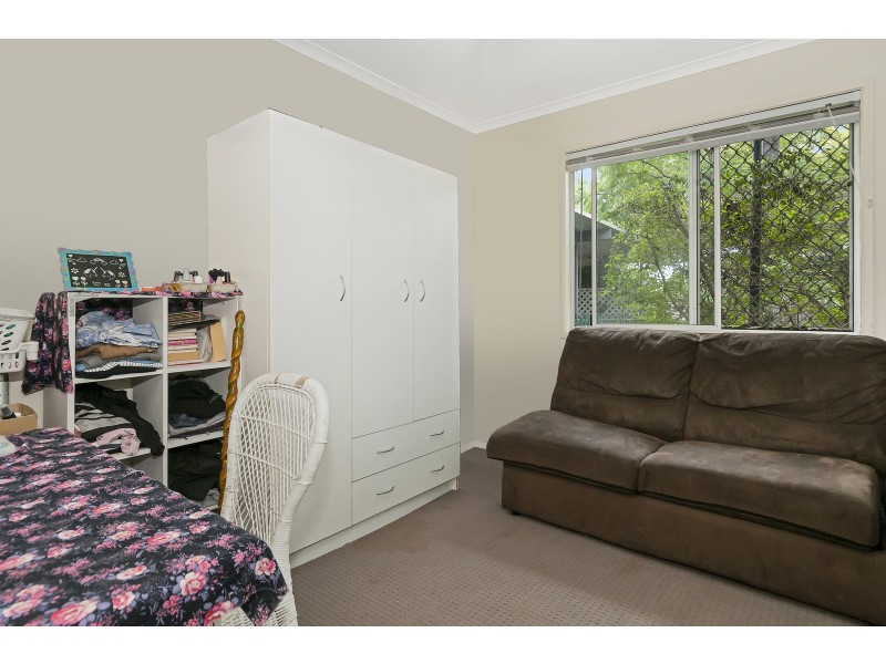15 Olympic Ct, Eagleby QLD 4207