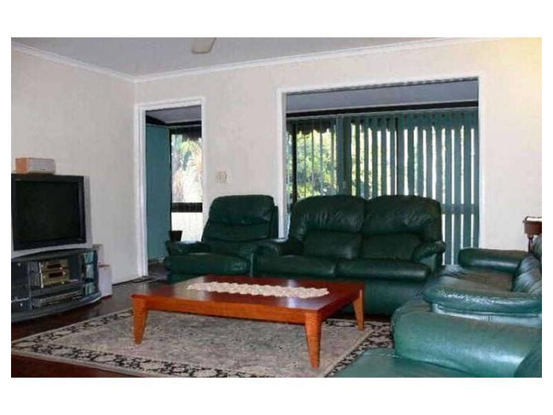 105 Chambers Flat Rd, Marsden QLD 4132