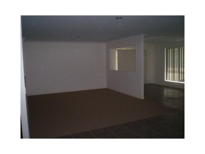 12 Rasmussen Avenue, Marsden QLD 4132