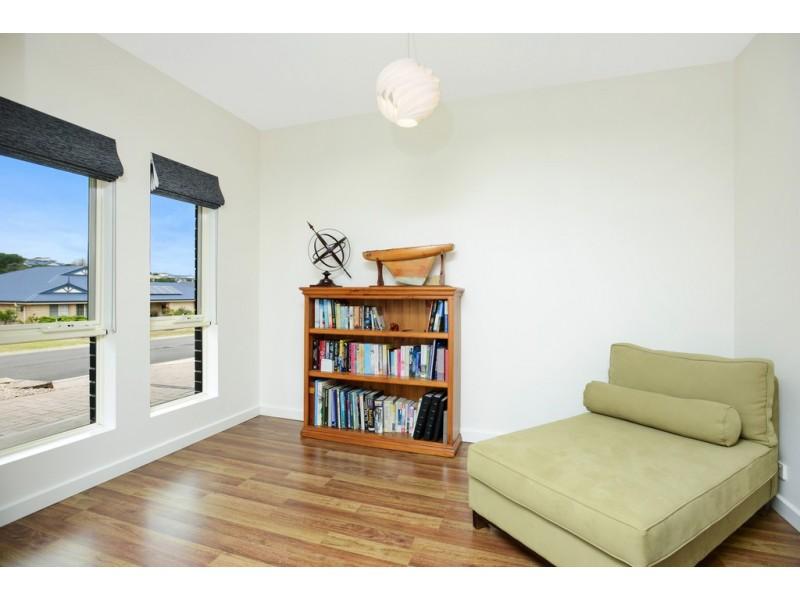 4 Clark Terrace, Port Elliot SA 5212
