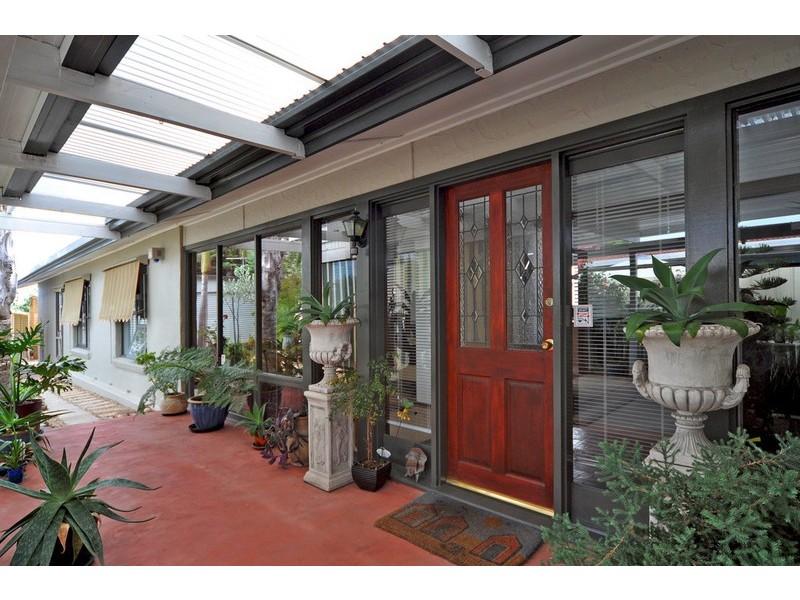 15 Macquarie Street, Moana SA 5169