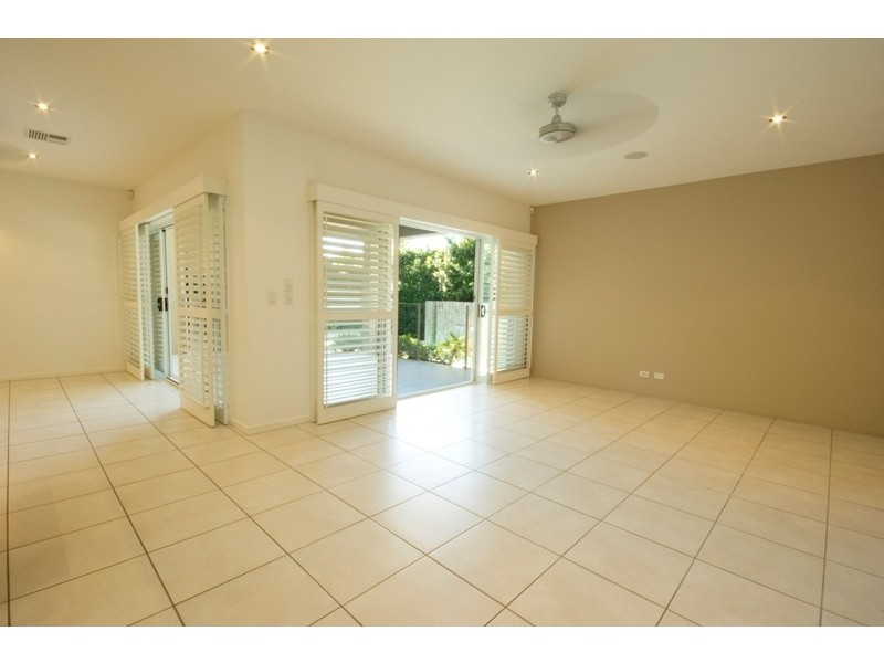12 Bunker Court, Peregian Springs QLD 4573