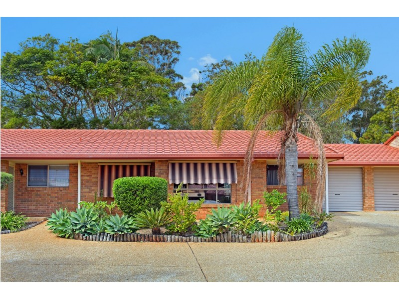 2/8 Leura Place, Port Macquarie NSW 2444