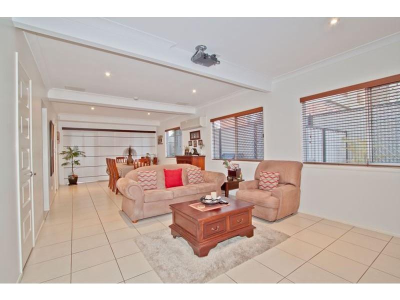 12 Callitris Street, Acacia Ridge QLD 4110