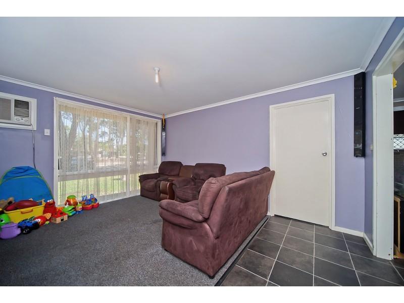 10 Uraidla Avenue, Salisbury North SA 5108