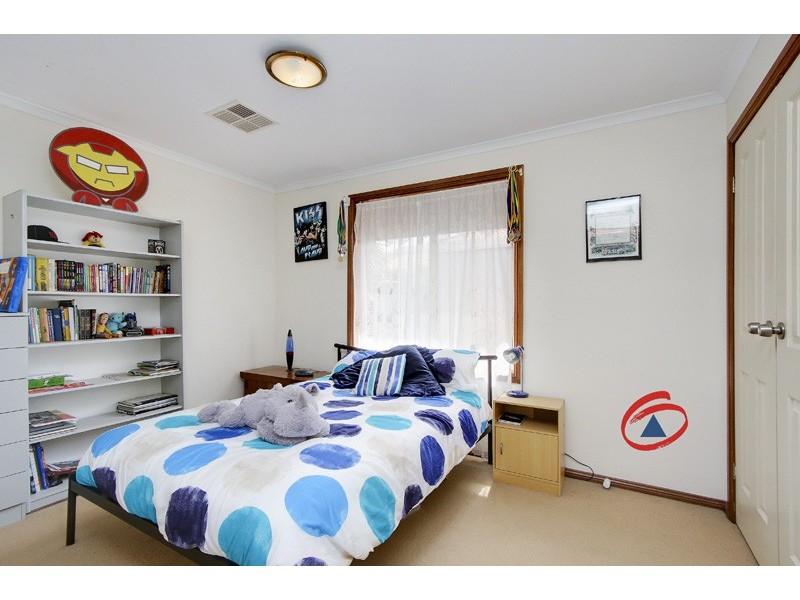 29 Quantock Crescent, Craigmore SA 5114