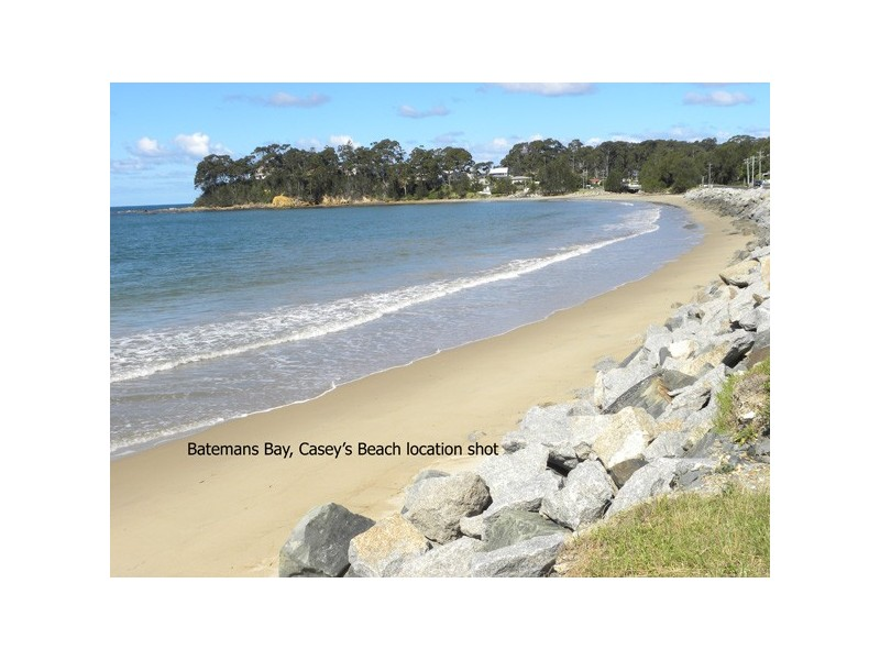 326 Beach Road, Batehaven NSW 2536
