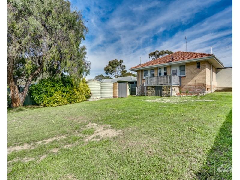 24 Mentone Road, Hayborough SA 5211