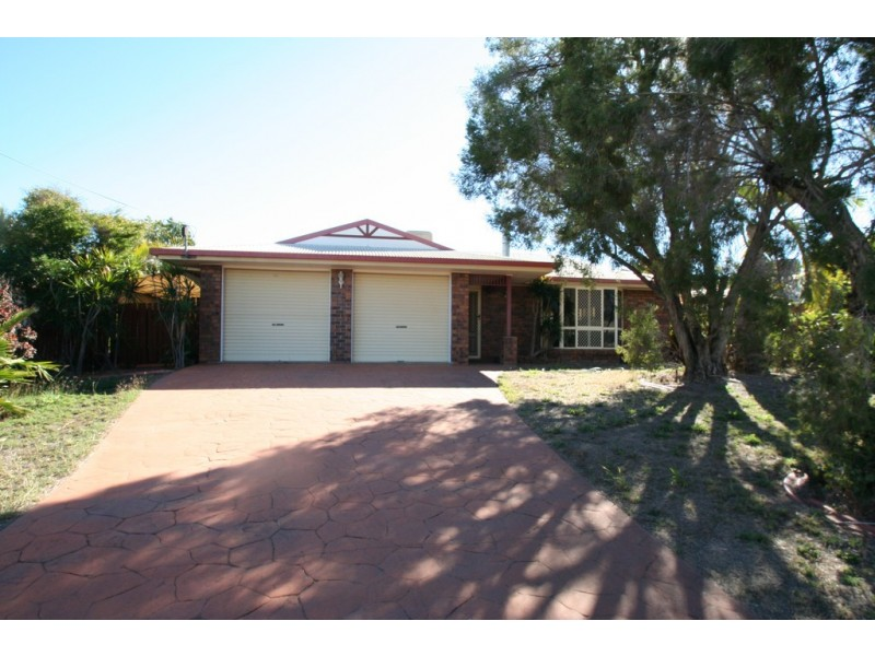 11 Cowan Crescent, Emerald QLD 4720