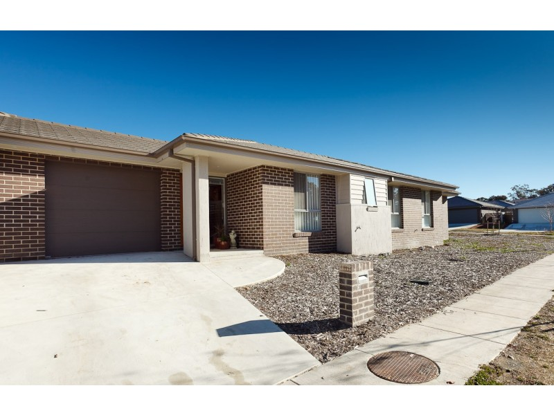 22 Ronald Walker Street, Casey ACT 2913