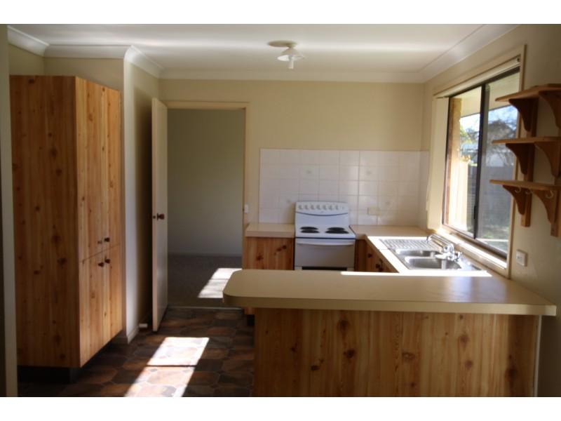 27 Dymond St, Bargo NSW 2574