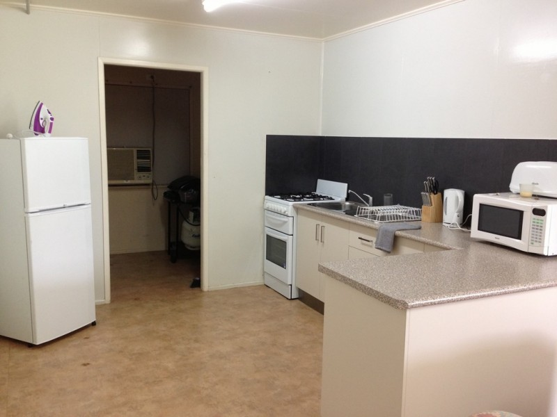 1/26 Penn Street, South Mackay QLD 4740