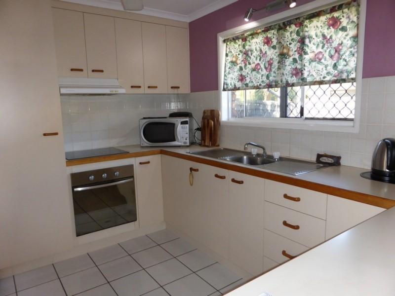 2/4 Morley Street, South Mackay QLD 4740