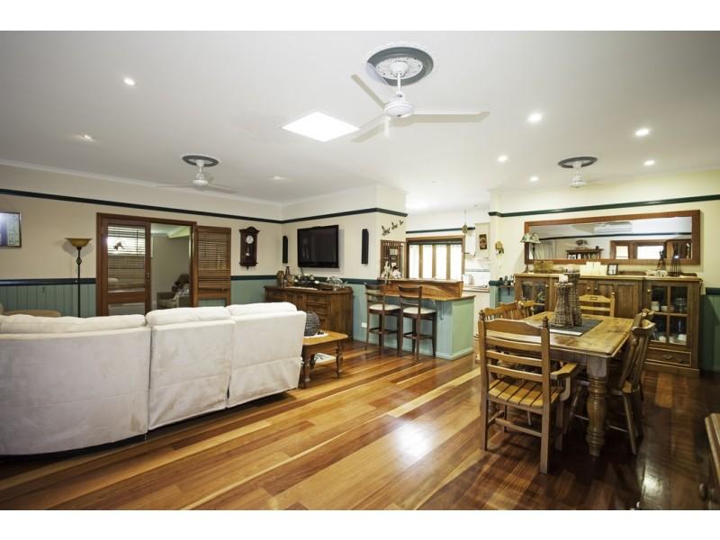 250 Kellys Road, Walkerston QLD 4751
