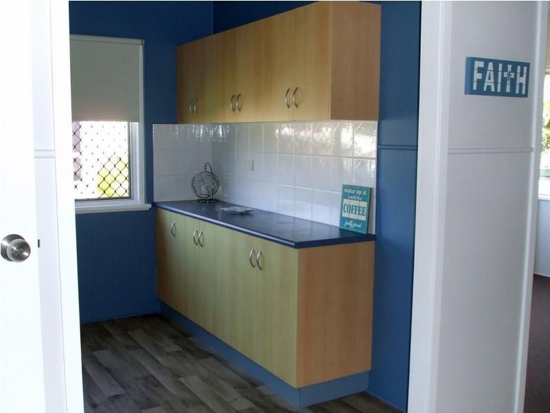 1 Atkinson Street, East Mackay QLD 4740