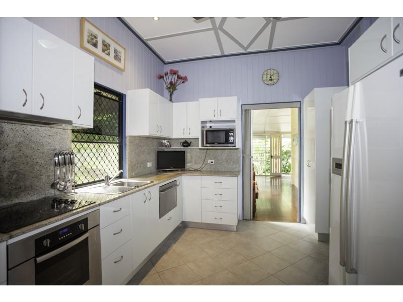 3 Beaton Street, West Mackay QLD 4740