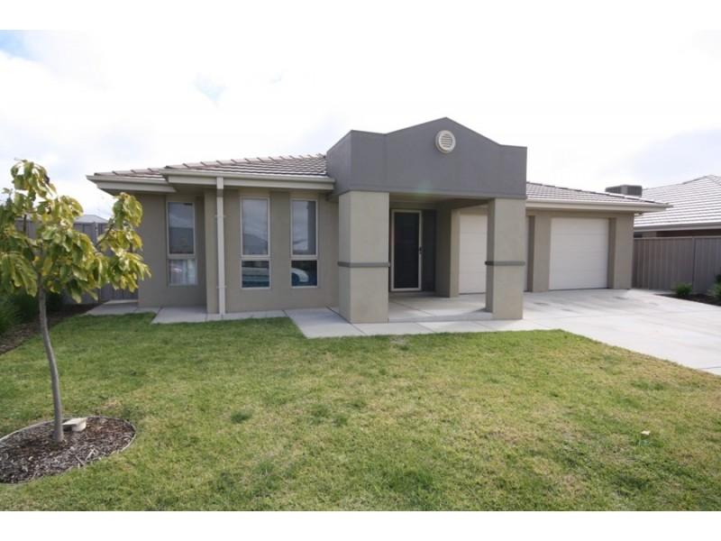 36 Mirrul Street, Glenfield Park NSW 2650