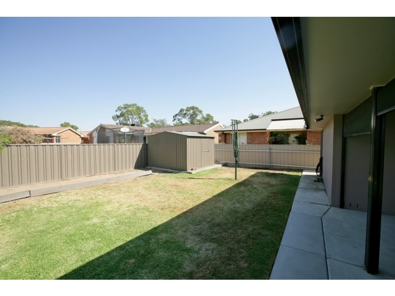 86 Veale Street, Ashmont NSW 2650