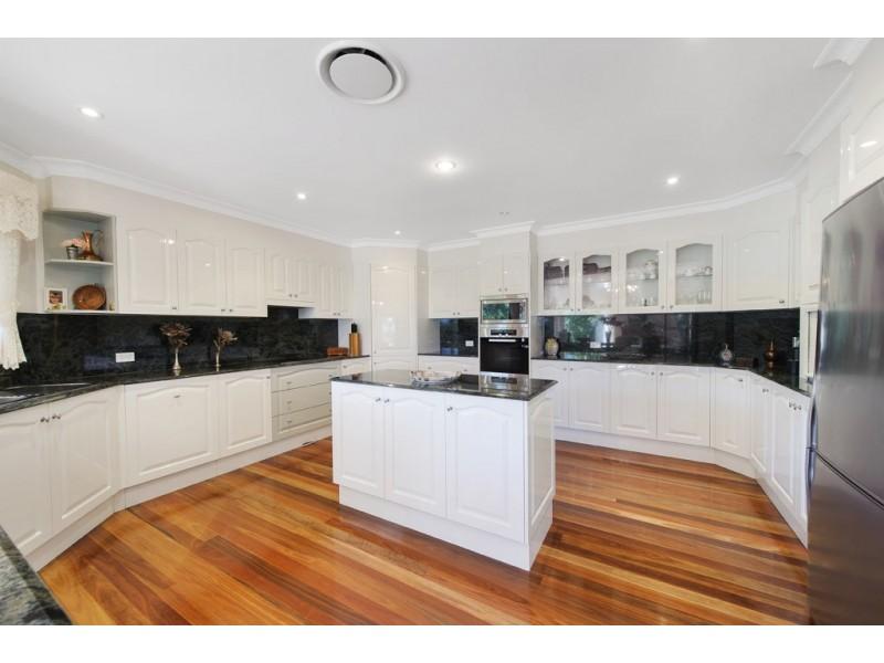 37 Erin Drive, King Creek NSW 2446