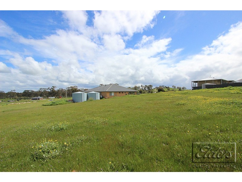 23 Cairn Curran Road, Baringhup VIC 3463