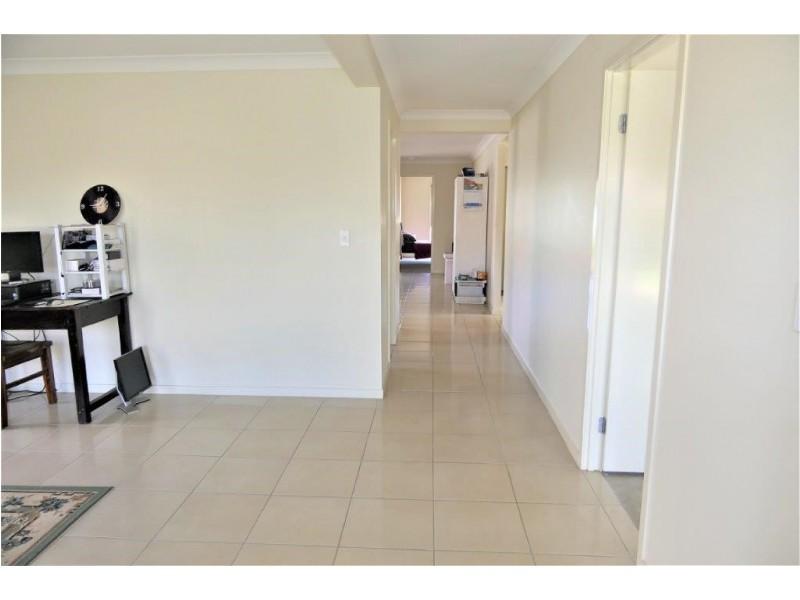 32/12 Walnut Crescent, Lowood QLD 4311
