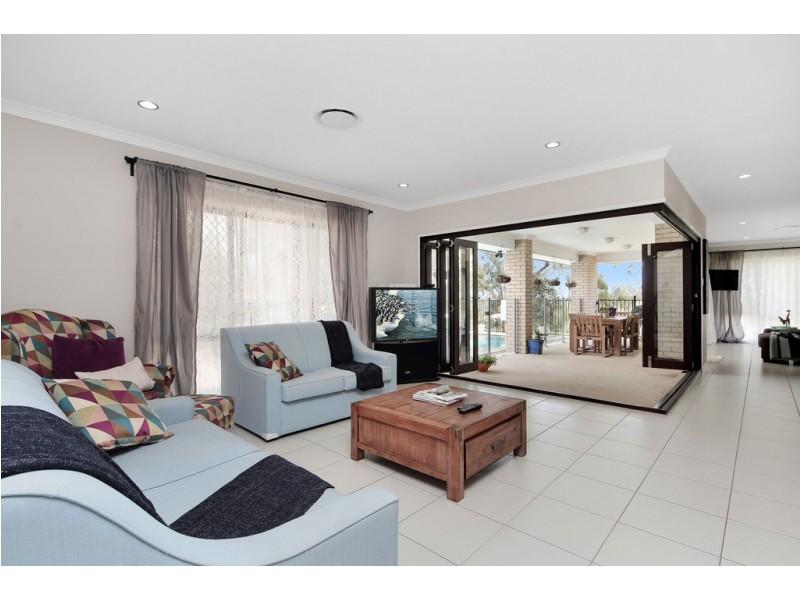 22 Robyn Terrace, Fernvale QLD 4306