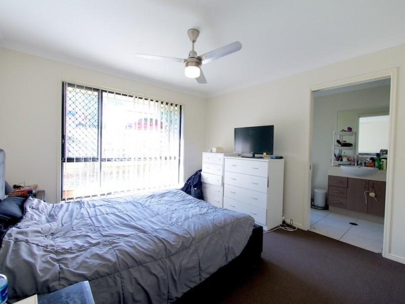 4 Serenity Street, Brassall QLD 4305