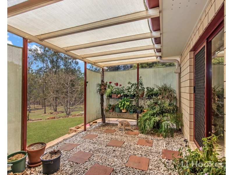 41 Hornbuckles Road West, Grandchester QLD 4340