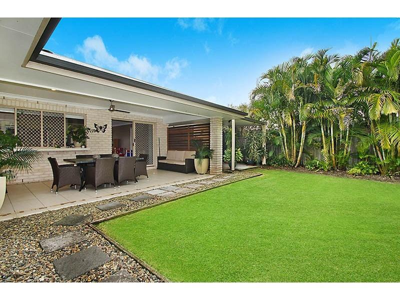 6 Red Jacket Court, Palmwoods QLD 4555