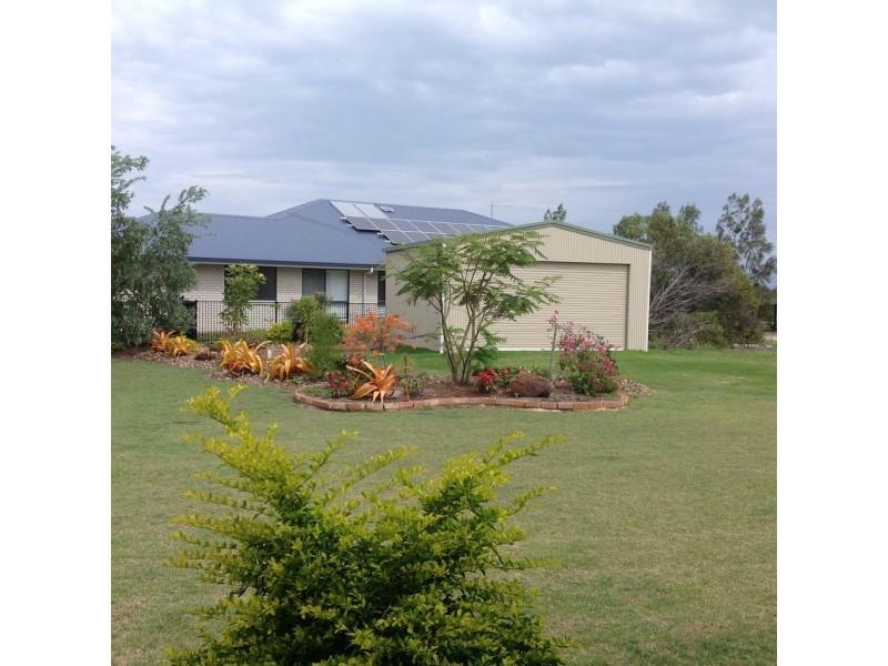 90 Beach Drive, Burrum Heads QLD 4659