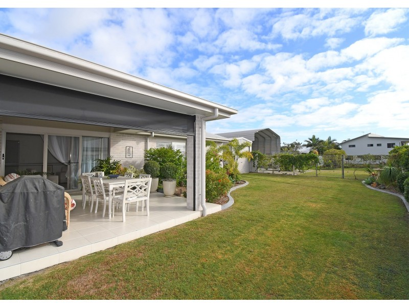 52 Honey Myrtle Close, Burrum Heads QLD 4659