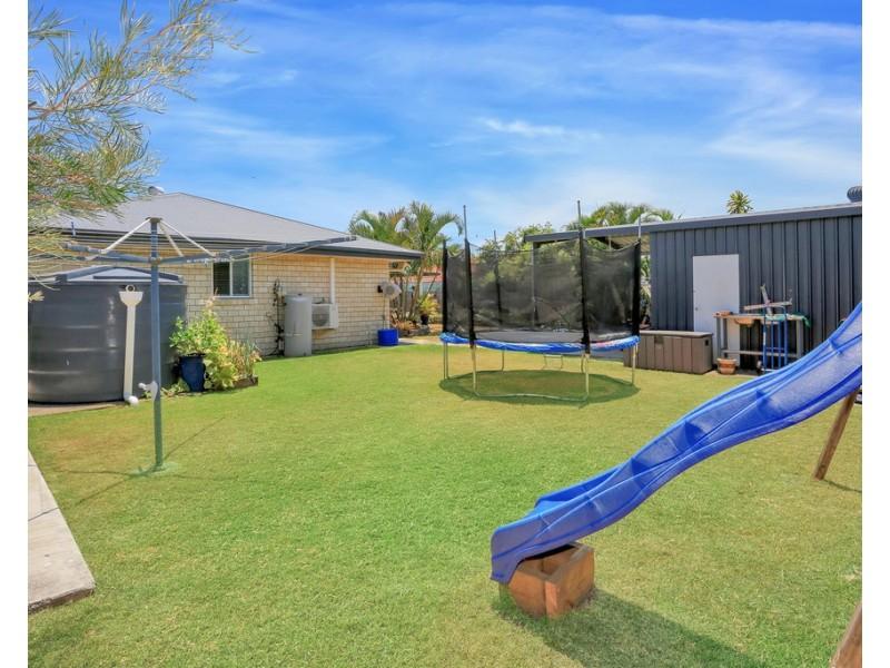 12 Lakeside Drive, Burrum Heads QLD 4659
